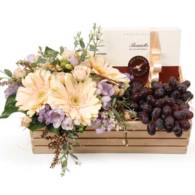 Unique gourmet custom gift baskets corporate gift baskets fruit flowers chocolate negle Gallery